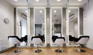 تصویر سالن آرایشگاه مردانه